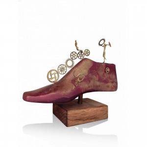 Themed shoe - Gears