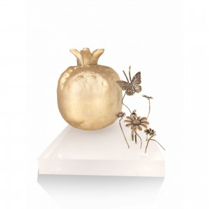 Ceramic pomegranate with theme - girl Christmas presents