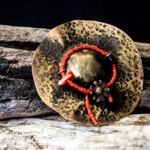 "Bronze pin ""hat"" jewelry"