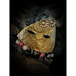 "Bronze ""mask with stones"" jewelry"