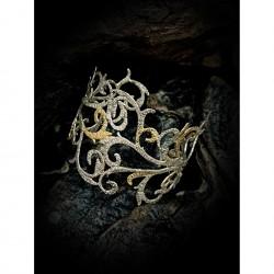 Bracelet embroidery