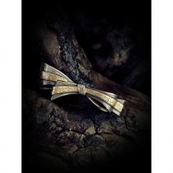 Brooch bow tie
