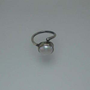 "Women's ""pearl"" ring jewelry"