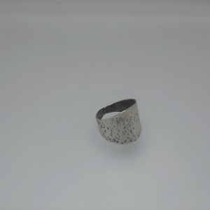 Silver hammered ring jewelry