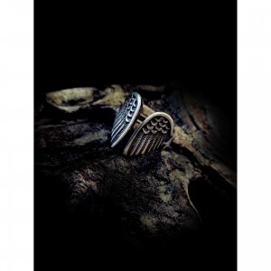 "Women's ""angel wings"" ring"