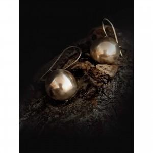 Women's earrings with ball 18 mm.