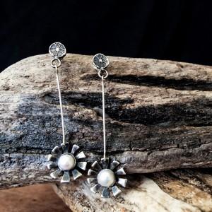 Wheel earrings silver