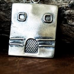 Silver key case - house