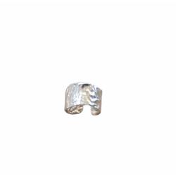 Crumpled ring
